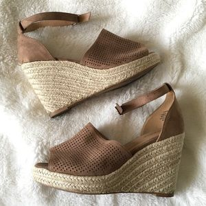 Torrid Espadrille Wedge Peep Toe Sandals 10W